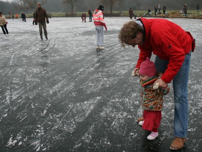 20090101Schaatsen2