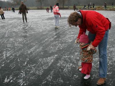 20090101Schaatsen2